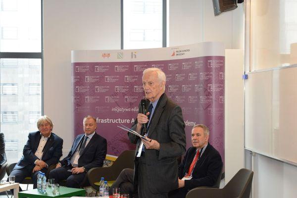 Profesor Wojciech Suchorzewski na Inauguracji Akademii INFRAMA
