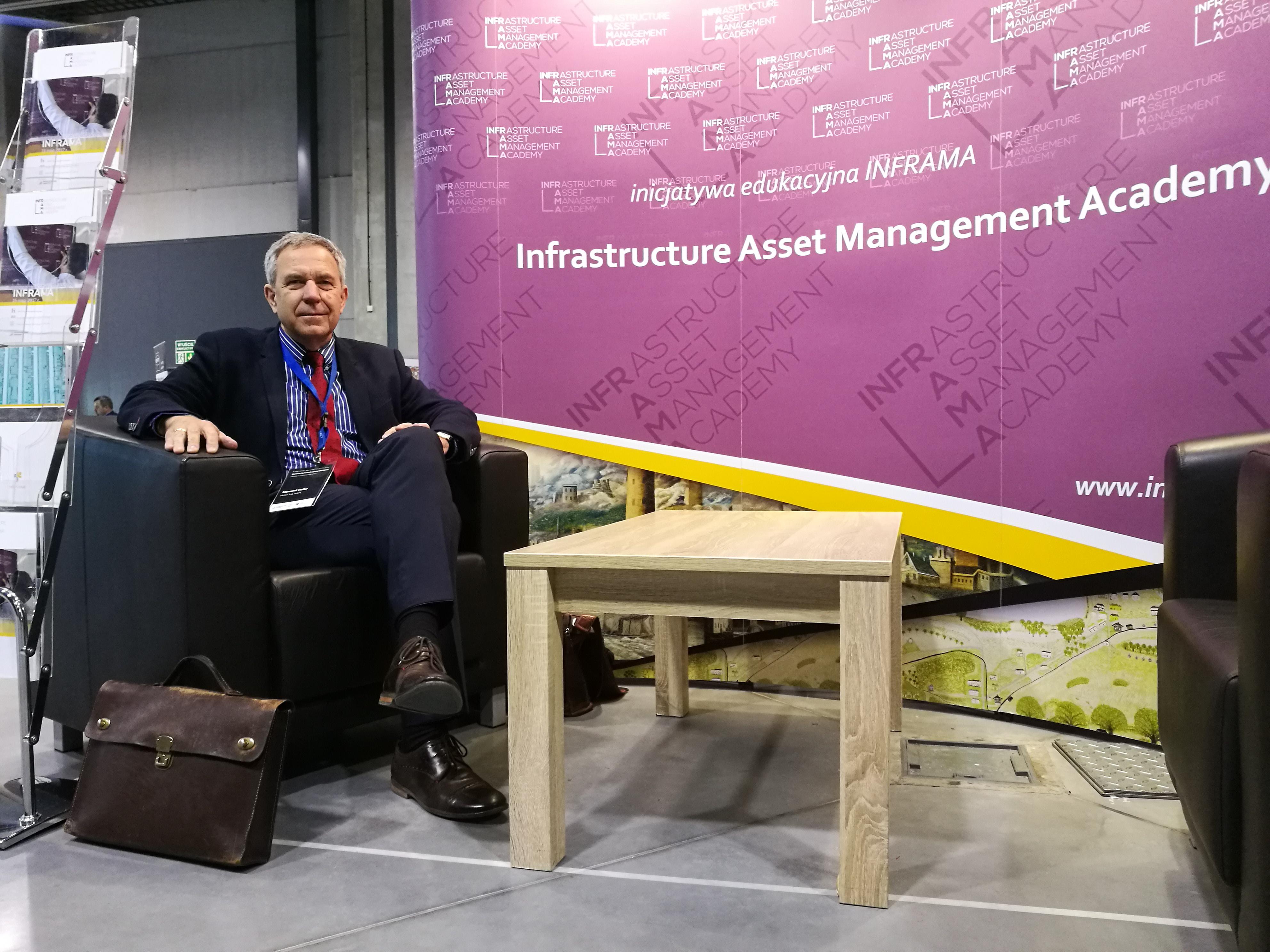 dr Sławomir Heller promuje inicjatywę INFRAMA